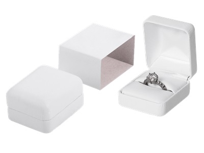 LEATHERETTE RING BOX NO PRINT