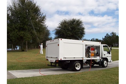 Lawn & Plant Health Care Custom Spray Truck | 1400 Series