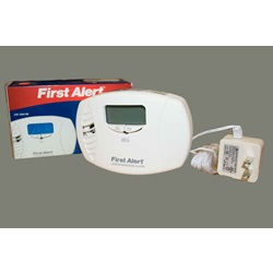 120 Volt Carbon Monoxide Detector with remote mount plug