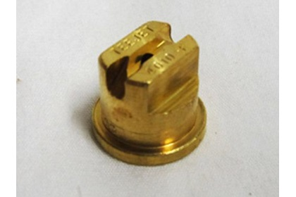 TeeJet TP4010E - 40° Brass Even Flat Spray Nozzle