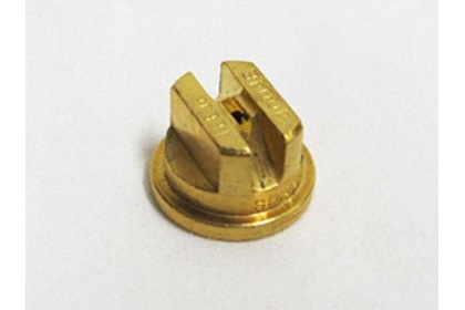 TeeJet TP4003E - 40° Brass Even Flat Spray Nozzle
