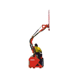 L-Clearing Rear Hedge Cutter