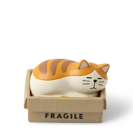 Figurine Cat in a Box
