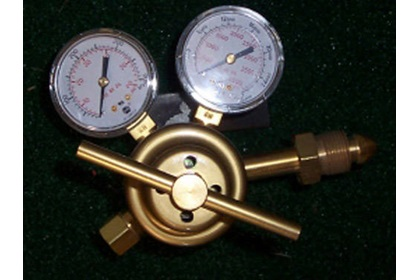 Telone Pressure Regulator and Flow Meter