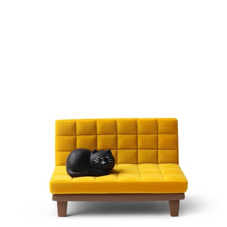 Phone Stand Cat on Sofa Yellow