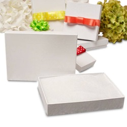#65 6 X 5 X 1 WHITE NECKLACE JEWELRY BOX WITH