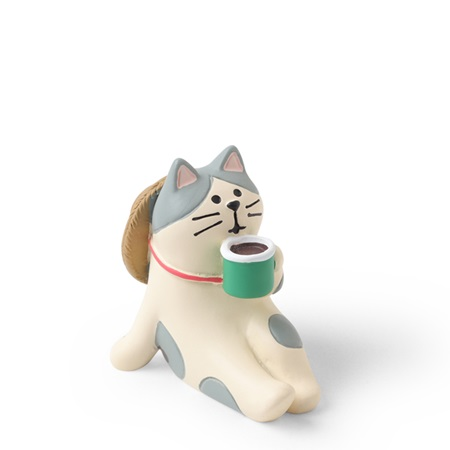 Figurine Cat Sipping