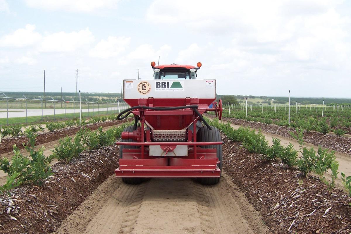CCI - BBI 3 Ton Dry Fertilizer Spreader