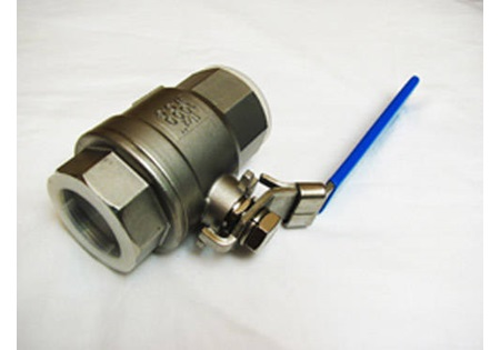 "1 1/2"" FPT Full Port Locking Handle Ball Valve - 316 SS"