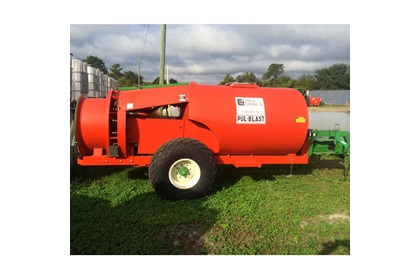 Rears Narrow 500 Gallon Pul-Blast Sprayer