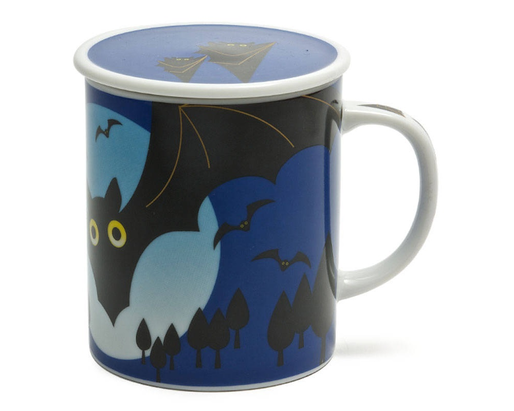 Midnight Bat 8 Oz. Lidded Mug