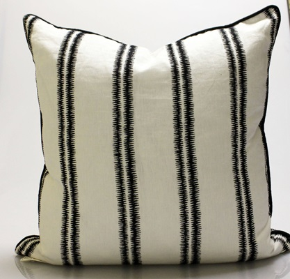 Black & White Zig Zag Pillow
