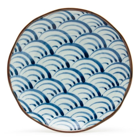 "Saikai Nami Waves 9"" Plate"
