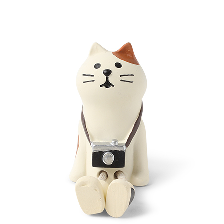 Figurine - Tourist Cat