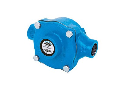 "Hypro 6500C 3/4"" NPT Cast Iron Roller Pump"