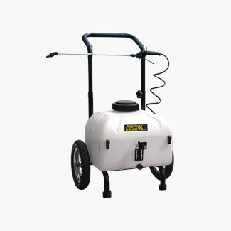 9 Gallon Master Gardener Sprayer
