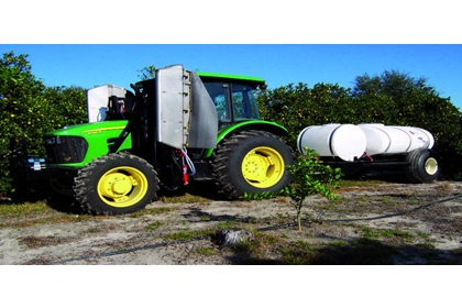 Double Mid-Mounted Citrus Herbicide Boom with CCI200/500 Trailer