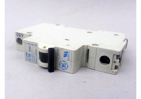 16 Amp Circuit Breaker 1 Pole 277v Din Rail Mount