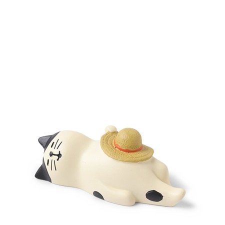 Figurine Cat Sleeping Hat